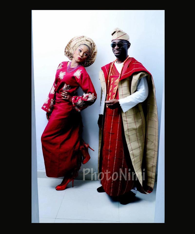 bride & groom in yoruba traditional attire